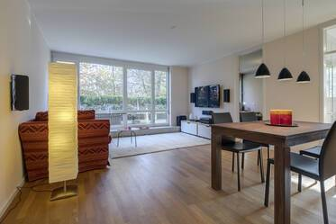 Beautiful 3-room apartment with shared pool in top location Munich Harlaching