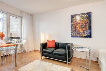 Beautiful apartment in prime location near Münchner Freiheit