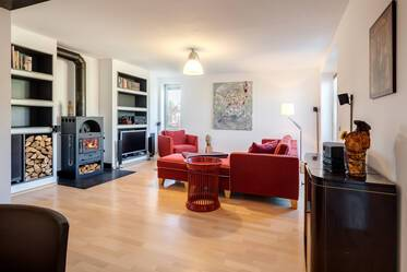 Elegantly furnished, spacious apartment in Nymphenburg-Gern