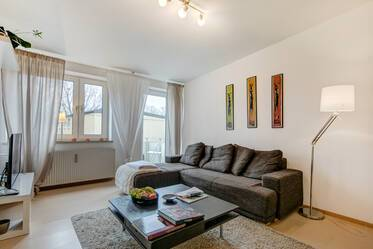 Beautifully furnished apartment in Parkstadt Bogenhausen