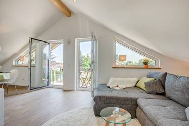 Very beautiful attic apartment (built in 2016) in quiet and green location in Oberhaching