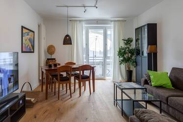 Beautifully furnished 3-room apartment in Munich Maxvorstadt