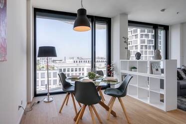 Premium - FRIENDS-Tower: beautiful 2-room apartment with concierge service at the Hirschgarten