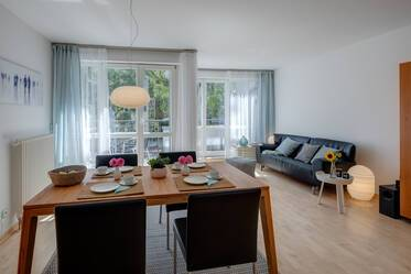 Prime location in Haidhausen: modern and lovely furnished 3-room apartment with terrace