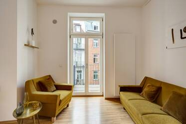 Beautifully furnished 2.5-room apartment in Munich Gärtnerplatzviertel