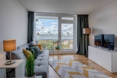 Fully furnished 1-room studio in Schwabing-Nord: Chic apartment on the 10th floor with view of the Alps