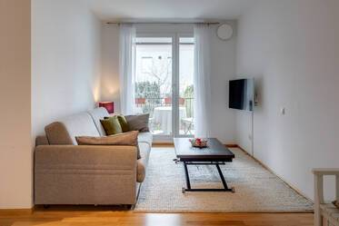 New building construction (2010) - Bright, nicely furnished 1-room apartment in Munich-Hadern