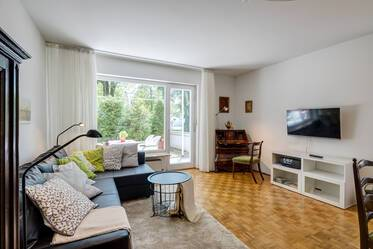 Generously furnished 2-room apartment in upscale neighborhood Munich Harlaching