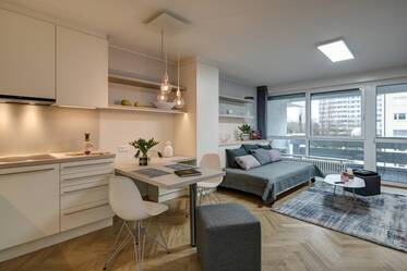 Modernly furnished 1-room apartment, directly across from the Luitpoldpark