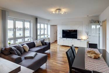 Beautifully furnished 3-room maisonette in Munich Untermenzing