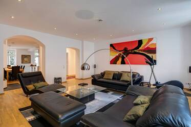 Beautifully furnished 3.5-room apartment in Munich Bogenhausen