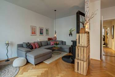 Central Neuhausen, near Rotkreuzplatz: beautiful 3-room apartment, furnished with great care
