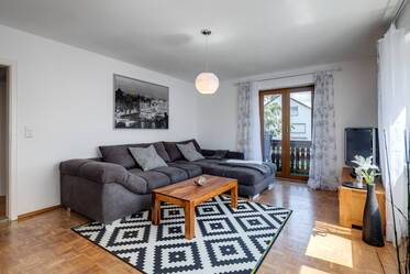 Bright, furnished 3-room apartment, north of Munich - 3 minutes from S-Bahn Eching