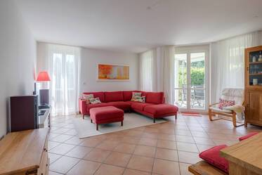 Family friendly, furnished 4-room apartment with garden and terrace in Munich-Großhadern