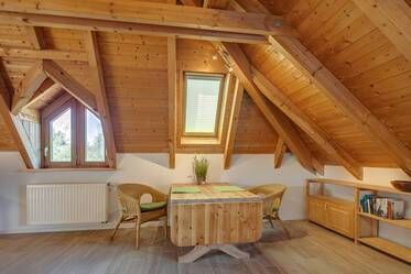 Nicely furnished 1- attic apartment  München Großhadern