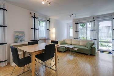 In central Sendling: Very beautiful, furnished 2-room apartment with terrace