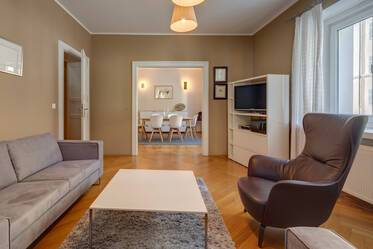 Spacious, beautiful furnished 4-room apartment in good location, Munich-Bogenhausen