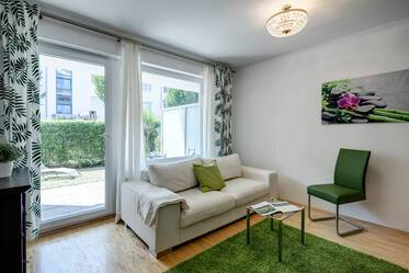 Bright, furnished 2-room apartment with underground parking, garden and terrace in Bogenhausen
