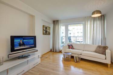 Pretty, spacious 4-room family apartment in Munich-Westkreuz