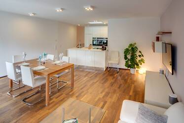 New construction 2016: Newly furnished 3-room maisonette apartment in Munich - Bogenhausen