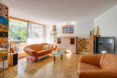 Top location in Schwabing: Fully furnished, spacious 2-room apartment
