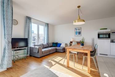 New building (2018): Sunny and spacious 1-room apartment in Munich-Obersendling, near U-Bahn U3