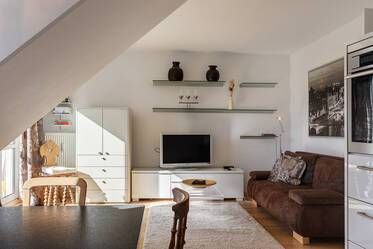 Nicely furnished attic apartment in Giesing