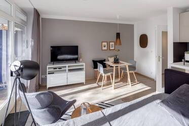 Munich-Schwabing: High-quality furnished 1-room apartment with balcony
