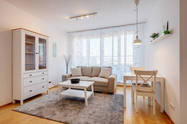 Attractive 2-room apartment with spacious roof terrace in Munich-Parkstadt Schwabing