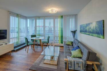 Beautifully furnished 2-room apartment with roof terrace in Munich Bogenhausen