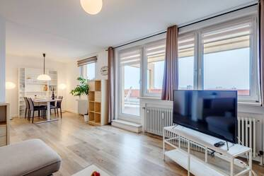 Beautifully furnished 2- apartment with roof terrace  München Neuperlach