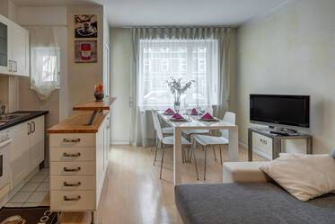 Furnished 2-room apartment with balcony in Munich Neuhausen/Maxvorstadt