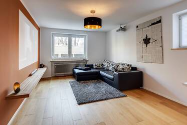 Bright, beautiful 2-room apartment in good location in Munich-Neuhausen