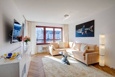 First occupancy after renovation: Premium 3-room apartment near the Isar