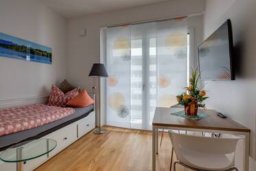 Nicely furnished 1- studio  München Riem