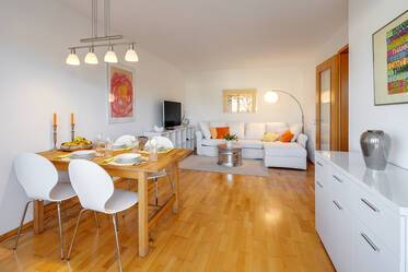 Central Unterhaching, south of Munich: Beautiful, bright 2-room apartment near Infineon and Intel