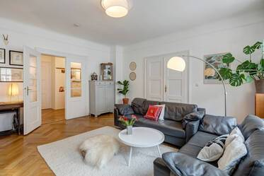 Beautifully furnished 3.5-room apartment in Munich Schwabing
