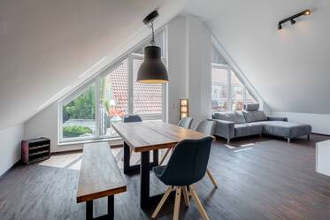 Beautifully furnished 3- attic apartment  Unterschleißheim