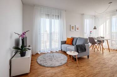 Newly furnished 2-room apartment in Altperlach