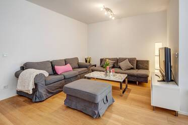 Nicely furnished apartment in Ludwigsvorstadt
