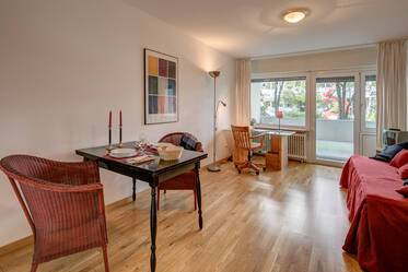 Lovely, furnished 1-room apartment with internet flatrate at the Rotkreuzplatz