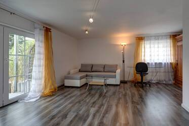 Modern style furnished 2-room apartment with washer-dryer, garden and terrace