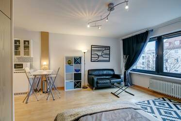 Nicely furnished 1-room studio in Munich Neuhausen