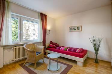 Furnished 1-room apartment near the Olympiapark and the mall OEZ