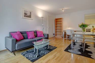 Near Ostpark: furnished apartment with balcony and internet