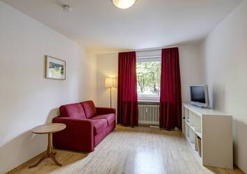 Near the Luitpoldpark: Beautifully furnished 1-room apartment