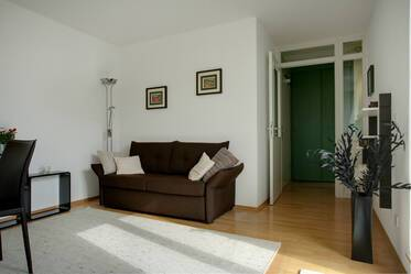 Attic apartment with timeless furniture in Munich Au-Haidhausen