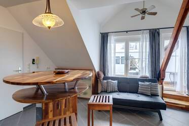 Unique attic apartment in Unterföhring for rent