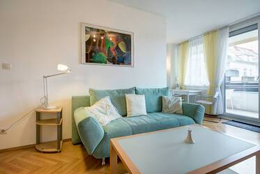 Furnished 1-room apartment in quiet location Au-Haidhausen - only 200 m to the Isar!