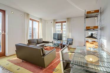Bavariapark, Schwanthalerhöhe: Luxuriously furnished, spacious 1-room apartment